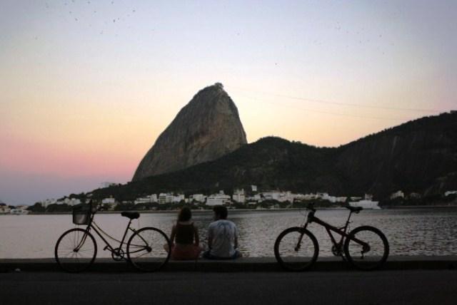 Azul-Ambientalistas-cyclists-rio-de-janeiro
