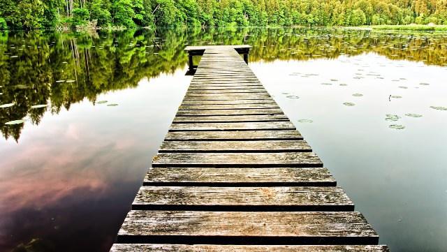 Azul-Ambientalistas-Como-ser-mas-eco-y-feliz-Piensa-en-tiempo-y-no-en-dinero