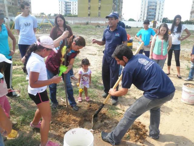Bosque-Urbano-Comunitario-Jornada-de-Siembra-y-Reciclaje